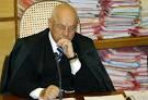 O ministro Teori Zavascki adiou o julgamento do financiamento de campanhas.