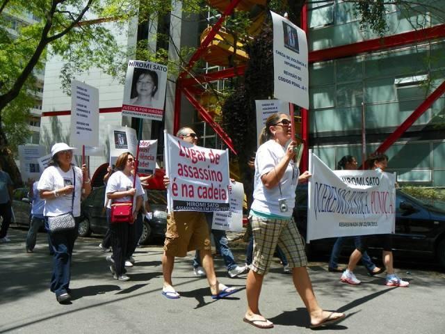 Hiromi protesto 2