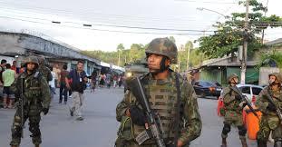 Militares na Maré, em foto do UOL.