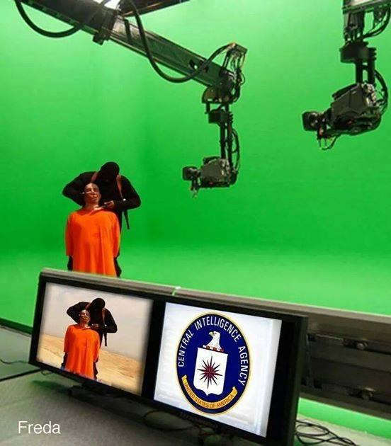 Foto mostra a morte de fotógrafo americano sendo produzida num estúdio.