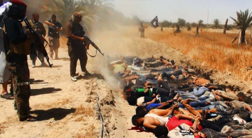 Soldados iraquianos executados pelos terroristas: o massacre continua.