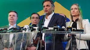 Aécio Neves reconhece a derrota para o PT.