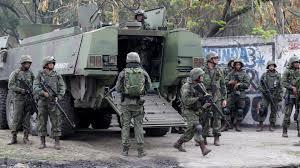 Fuzileiros navais entraram em choque com traficantes. Foto O Globo.