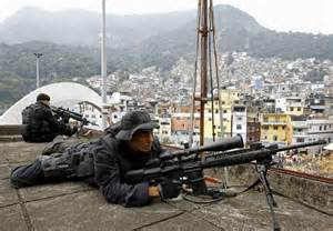 Forças Armadas no Complexo do Alemão, Rio.