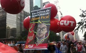 Manifestação de apoio a Dilma.