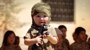 Crianças são usadas como propaganda do ISIS.