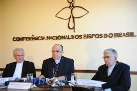 Um crítica severa ao regime político brasileiro.