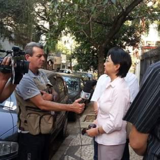 Tomi Sato, em frente ao prédio da Rua Pará.