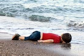 O pequeno Aylan Kurdim cuja morte comoveu o mundo.