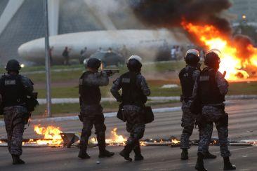 protesto-em-brasilia-01