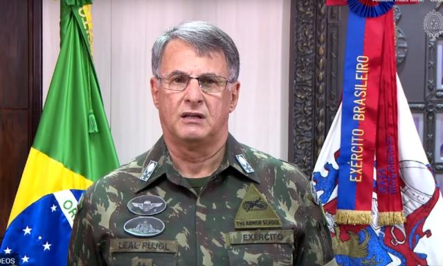 comandante do exército 01